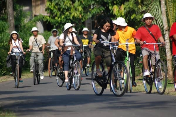 Paket Wisata Sepedaan tilik Desa Borobudur