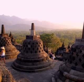 2D1N: Borobudur, Ullen Sentalu, Prambanan, Keraton