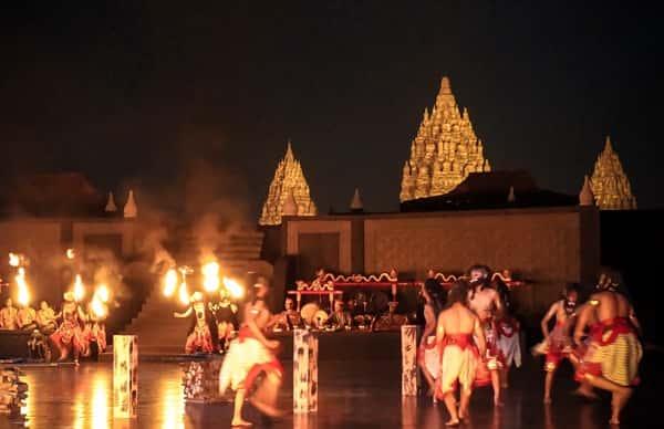 Ramayana Ballet Di Candi Prambanan